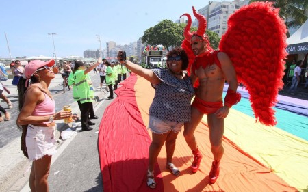 parada-gay-copacabana2
