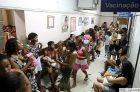 H1N13 - RJ - 22/03/2010 - VACINAÇÃO/ETAPA - GERAL OE JT - A segunda etapa da vacinação contra gripe suína no posto Marcolino Candau, no centro do Rio. Ao contrário de São Paulo, onde a imunização se encerra às 11 horas, no Rio os postos funcionarão até as 17 horas. Foto: WILTON JUNIOR/AGENCIA ESTADO/AE
