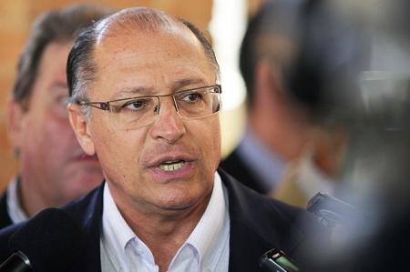 Simposio dos Comites PCJ em Sao Pedro Governador autoriza construcao de reservatorios