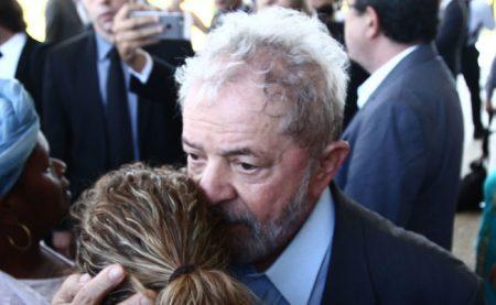 Dilma é afastada da Presidência da República