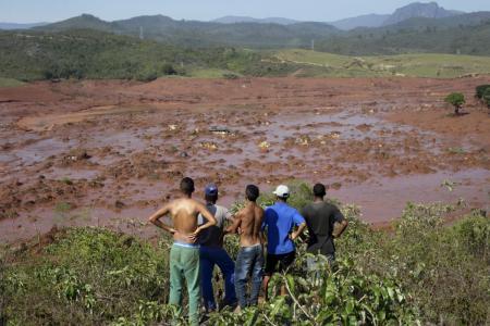 Rio Doce morrendo 1